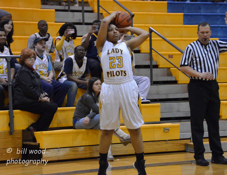4th LSUS Lady Pilots vs Bacone Photo