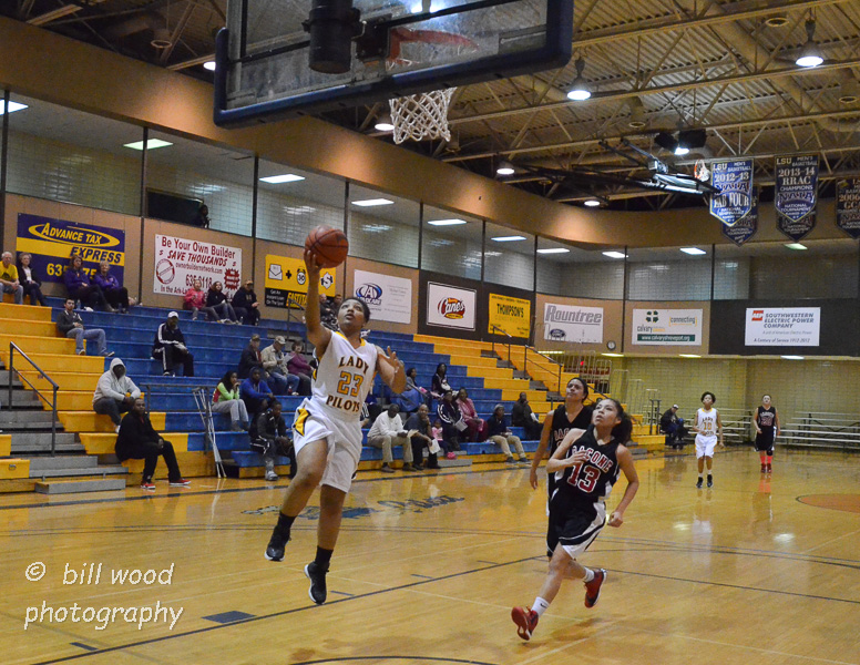 16th LSUS Lady Pilots vs Bacone Photo