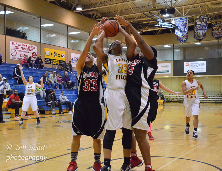 19th LSUS Lady Pilots vs Bacone Photo