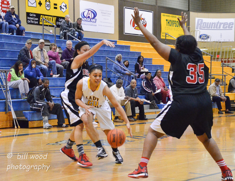 20th LSUS Lady Pilots vs Bacone Photo