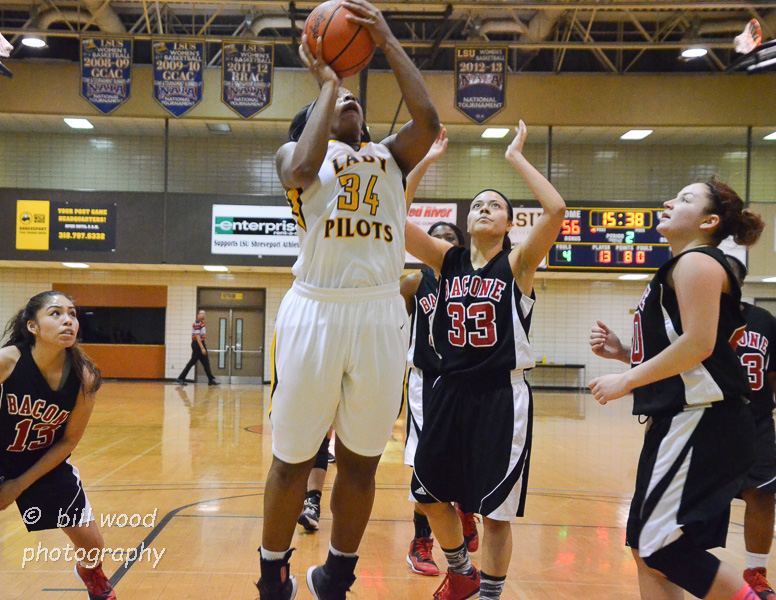 21st LSUS Lady Pilots vs Bacone Photo