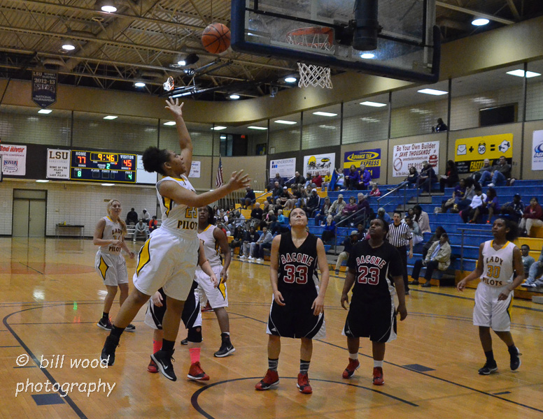 30th LSUS Lady Pilots vs Bacone Photo
