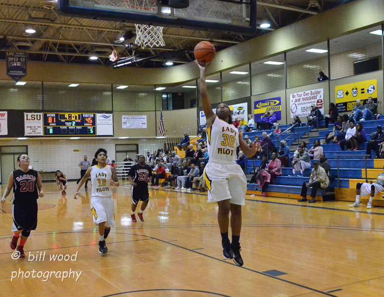 32nd LSUS Lady Pilots vs Bacone Photo