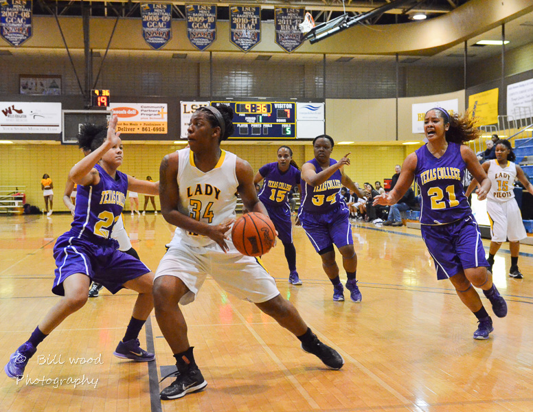 12th LSUS Lady Pilots vs Texas College Photo