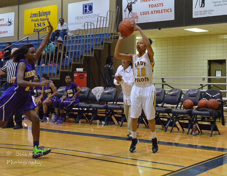 14th LSUS Lady Pilots vs Texas College Photo
