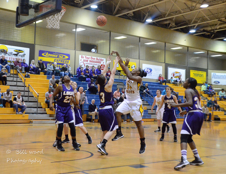 12th LSUS Lady Pilots vs LSUA RRAC 1st Round Playoff Photo