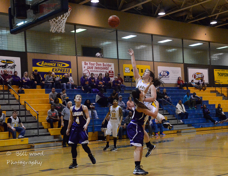 14th LSUS Lady Pilots vs LSUA RRAC 1st Round Playoff Photo