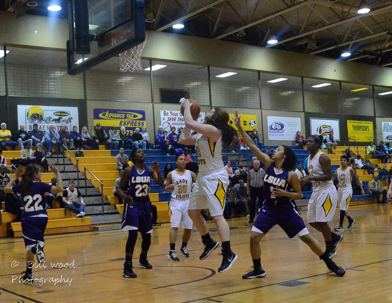 18th LSUS Lady Pilots vs LSUA RRAC 1st Round Playoff Photo