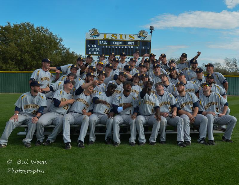 3rd LSUS Pilots Baseball 2015 Team Photo Photo