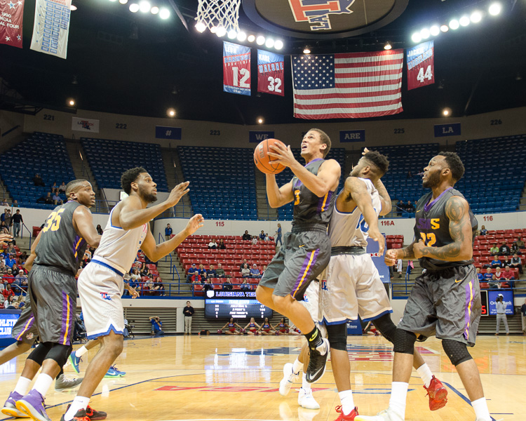5th LSUS Men's Basketball vs LA Tech Photo