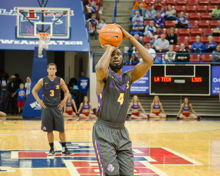 7th LSUS Men's Basketball vs LA Tech Photo