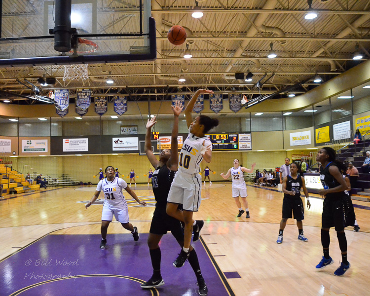 1st LSUS Women's Basketball vs OLLU Photo