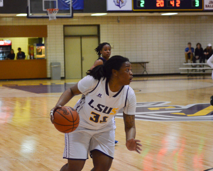 7th LSUS Women's Basketball vs OLLU Photo
