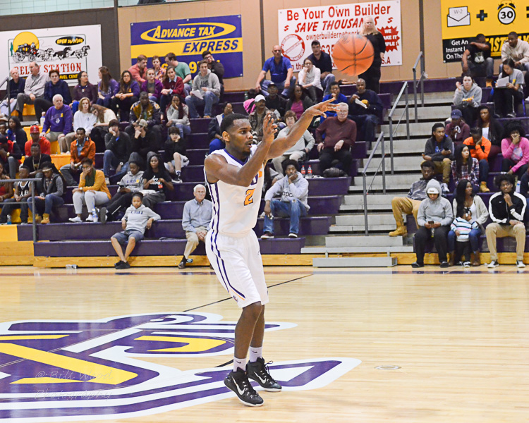 14th LSUS Men's Basketball vs LSUA Generals Photo