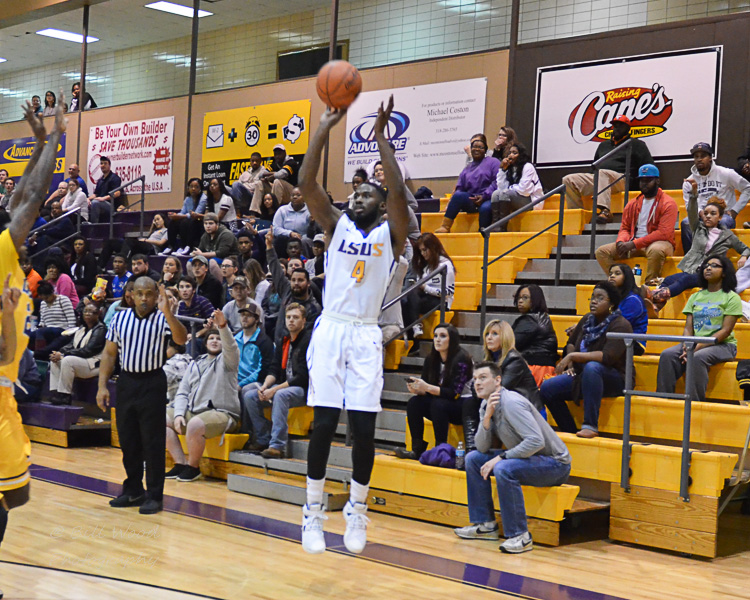 26th LSUS Men's Basketball vs LSUA Generals Photo