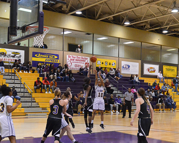 1st LSUS Women's Basketball vs LSUA Photo