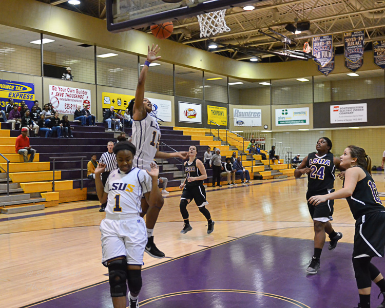5th LSUS Women's Basketball vs LSUA Photo