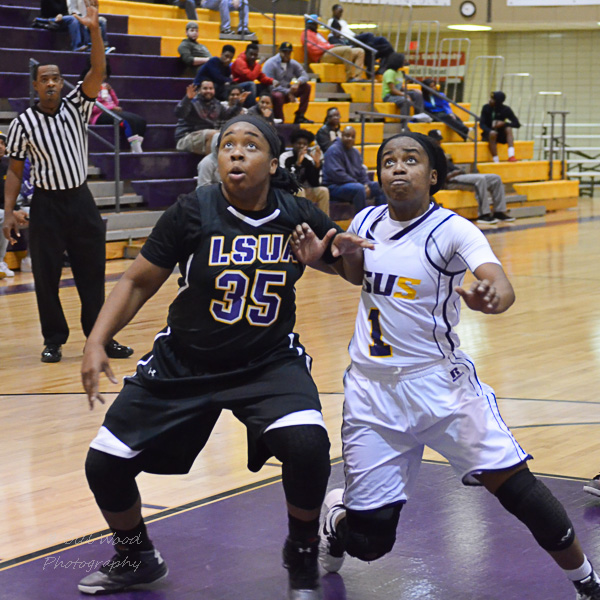 8th LSUS Women's Basketball vs LSUA Photo