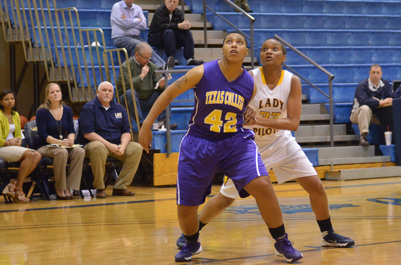 7th LSUS Lady Pilots vs. Texas College Photo