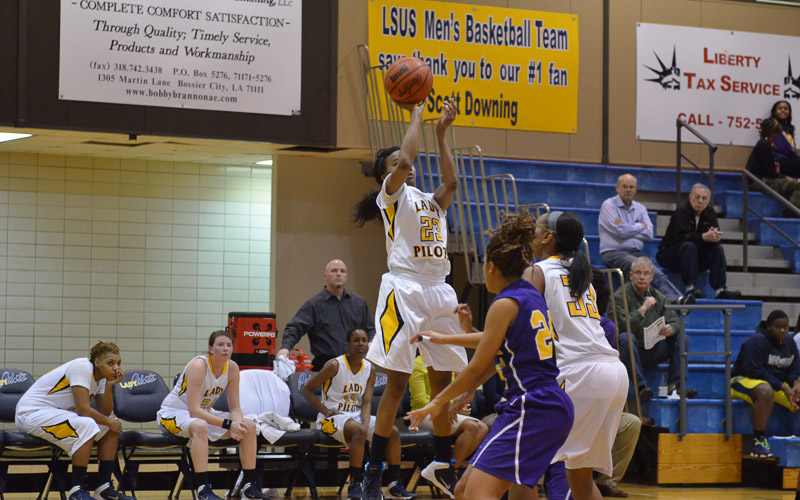 8th LSUS Lady Pilots vs. Texas College Photo