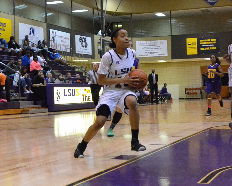 2nd LSUS Women's Basketball vs Paul Quinn Photo