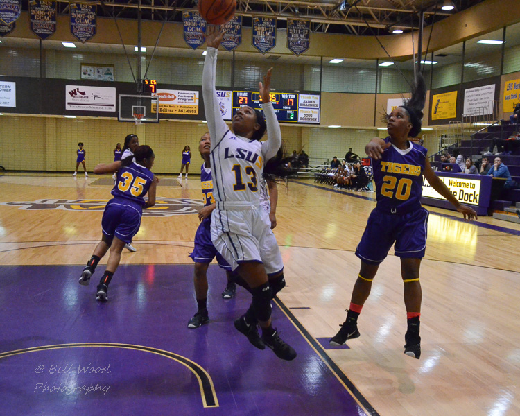 8th LSUS Women's Basketball vs Paul Quinn Photo