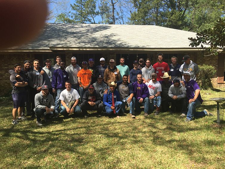 6th Baseball takes a swing at flood relief Photo