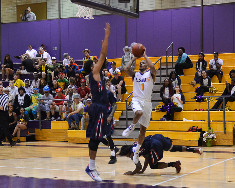 8th LSUS Men's Basketball vs St. Gregory Photo
