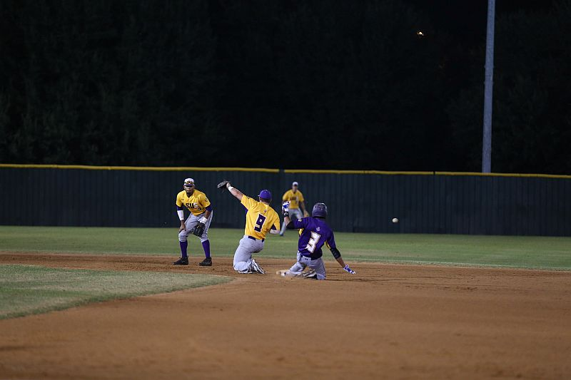 11th 2016 Fall World Series Game 1 Photo