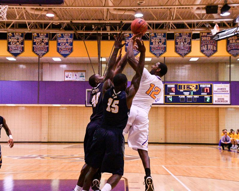 1st LSUS Men's Basketball vs St. ETBU Photo