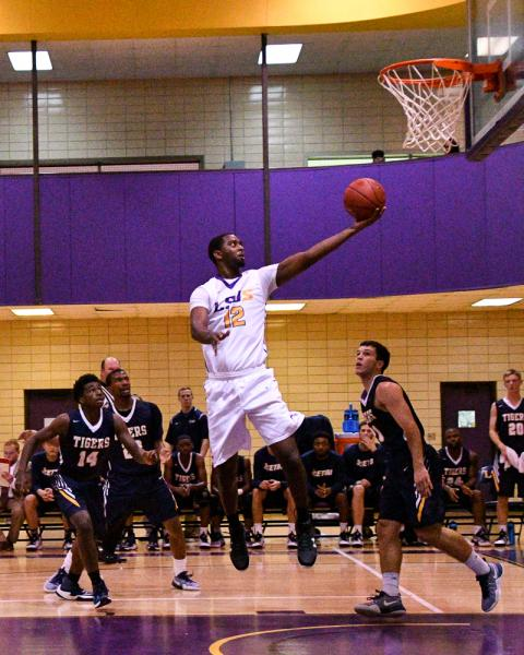 5th LSUS Men's Basketball vs St. ETBU Photo