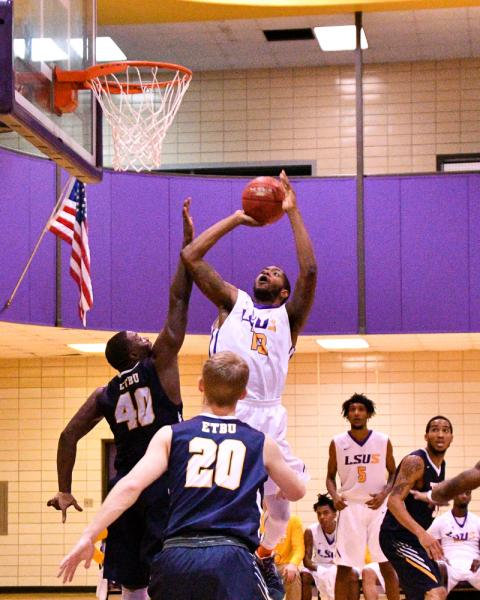 9th LSUS Men's Basketball vs St. ETBU Photo