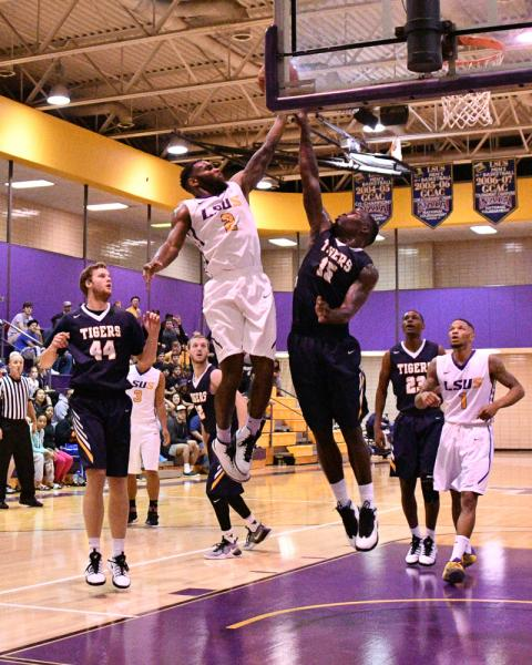 15th LSUS Men's Basketball vs St. ETBU Photo