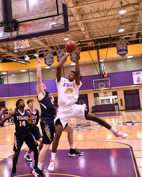 20th LSUS Men's Basketball vs St. ETBU Photo