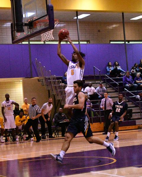38th LSUS Men's Basketball vs St. ETBU Photo