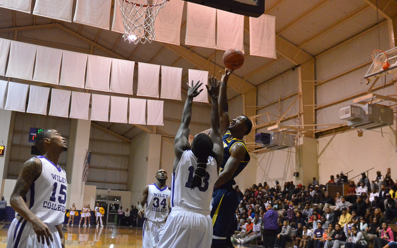 16th LSUS Pilots vs Wiley College away Photo