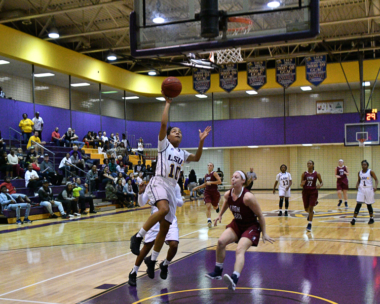 2nd LSUS Women's Basketball vs Lyon College Photo