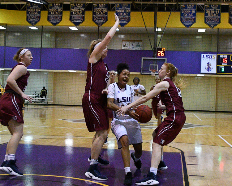 4th LSUS Women's Basketball vs Lyon College Photo