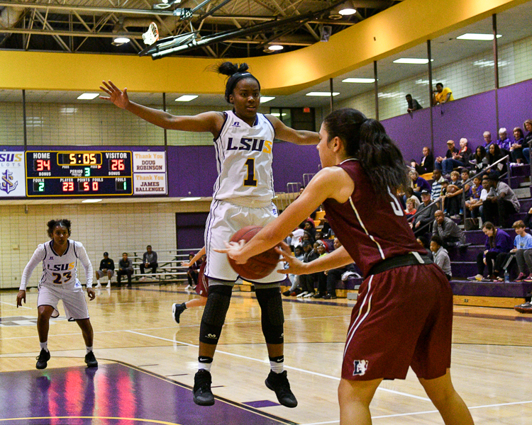 16th LSUS Women's Basketball vs Lyon College Photo