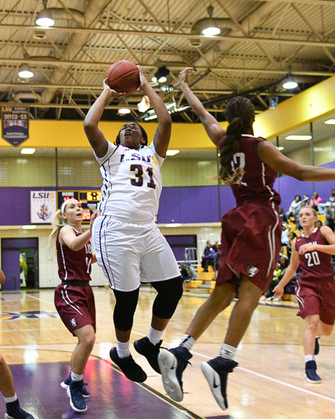 27th LSUS Women's Basketball vs Lyon College Photo