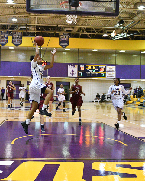 33rd LSUS Women's Basketball vs Lyon College Photo