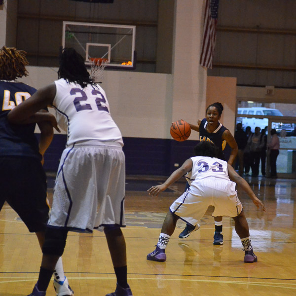 14th LSUS Lady Pilots vs. Wiley College Photo