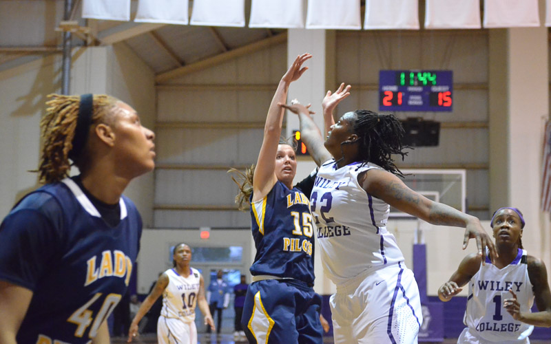 24th LSUS Lady Pilots vs. Wiley College Photo