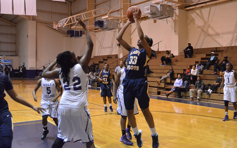 31st LSUS Lady Pilots vs. Wiley College Photo