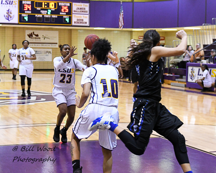3rd LSUS Women's Basketball vs Our Lady of the Lake U. Photo
