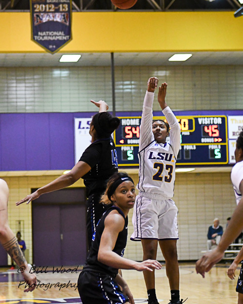 19th LSUS Women's Basketball vs Our Lady of the Lake U. Photo