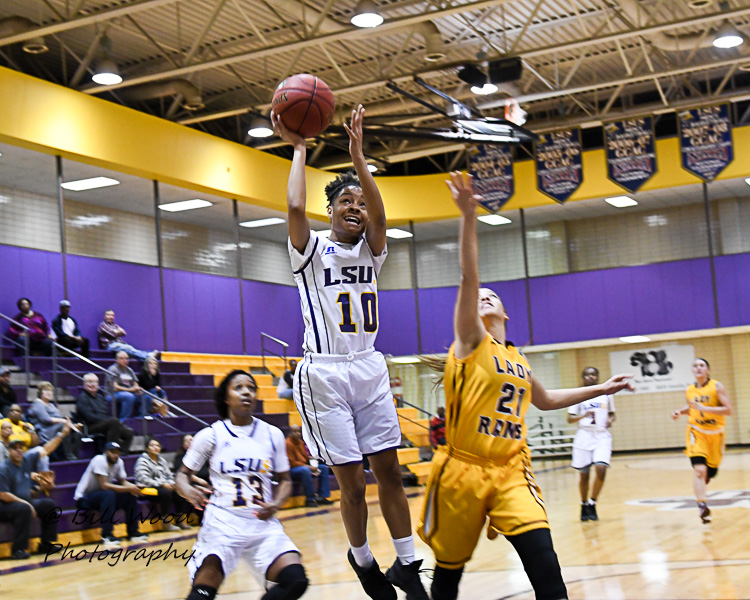 3rd LSUS Women's Basketball vs Hutson Tillotson Photo