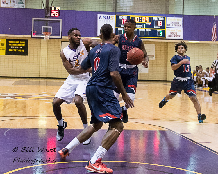 7th LSUS Men's Basketball vs University of the Southwest Photo