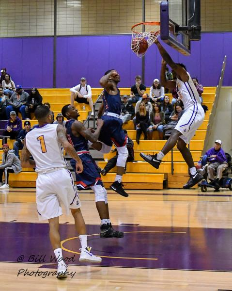 10th LSUS Men's Basketball vs University of the Southwest Photo