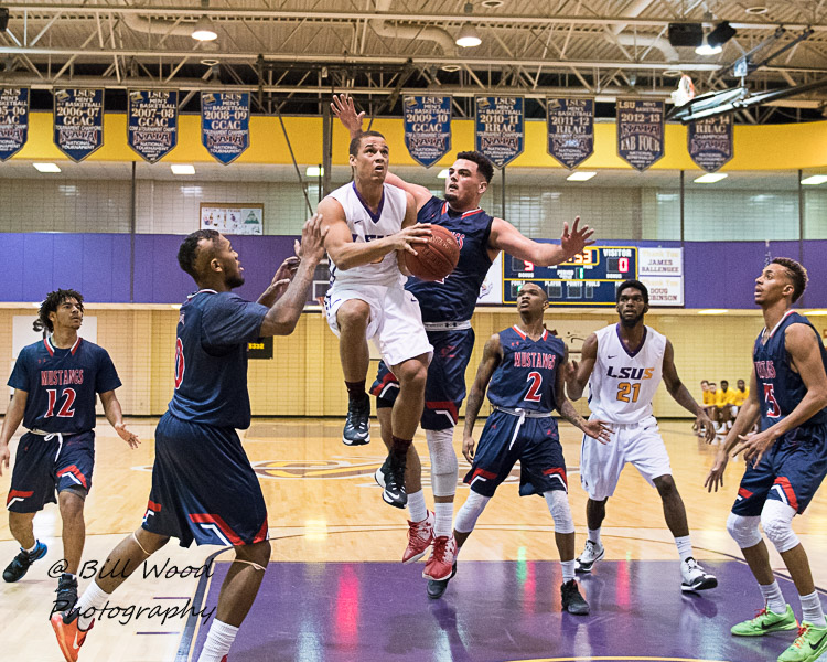 12th LSUS Men's Basketball vs University of the Southwest Photo